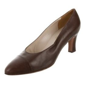 CHANEL Shoes - Brown leather Chanel pumps